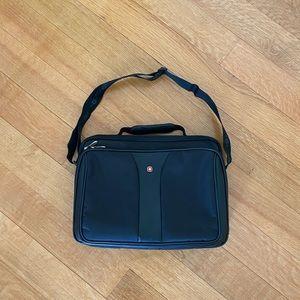 Victorinox Swiss army Laptop messenger bag
